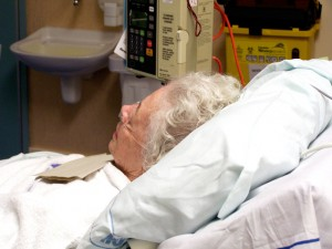 elderly-hospital-patient-1437289-640x480